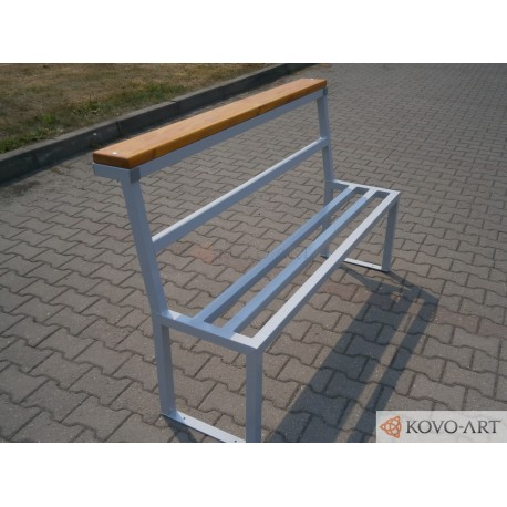 Kovová lavička pro Teenagery